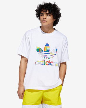 adidas Originals Pride Flag Fill Póló